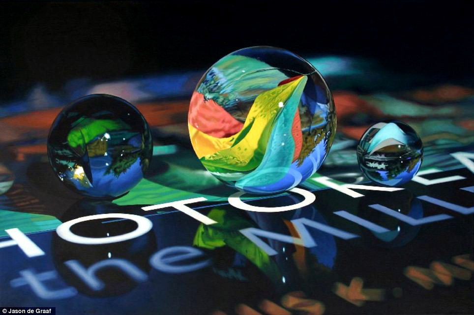 Picture-9 ( 30 Hyper-Realistic Acrylic Paintings by JasondeGraaf - Glass and Reflection )